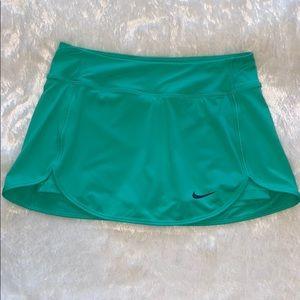 Nike Mint Green Skort Size S